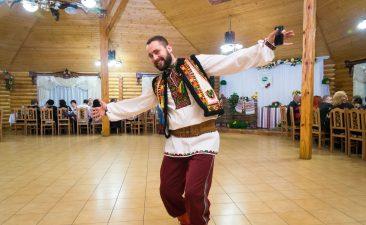 Танці і веселощі